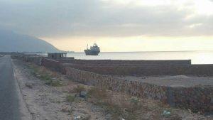 جانب من الشواطئ التي يتم السيطرة عليها من قبل إماراتيين رغم أن القانون يمنع بيعها أو البناء فيها باعتبارها محميات طبيعية