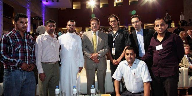 عمر الحياني مع الدكتور احمد زويل
